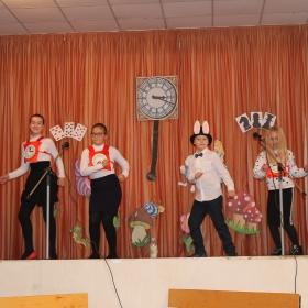 Танець Кролика і годинничків